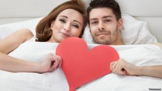 Especialistas esclarecem mitos sobre posição sexual e
