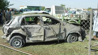 धमाके में क्षतिग्रस्त कार