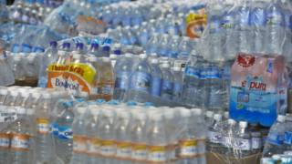 Agua embotellada en México