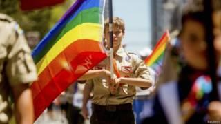 Бойскаут на гей-параде
