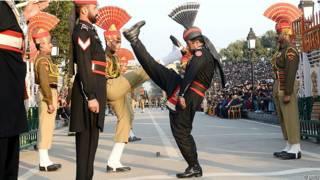 भारत पाकिस्तान सीमा पर ड्रिल