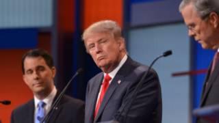Donald Trump (katikati) katika mjadala uliooneshwa kwente televisheni  Alkhamisi