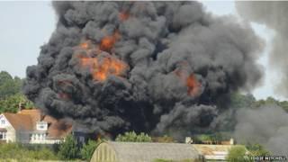 शोरहेम में विमान हादसा