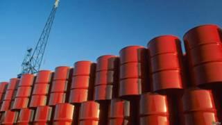 Бочки нефти