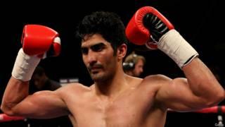 विजेन्दर सिंह भारतीय मुक्केबाज़