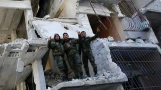 Солдаты сирийской армии в Сальме