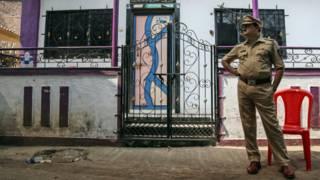 Полицеский, Индия