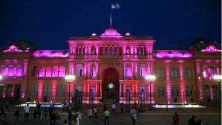 Argentina deberá ahora derogar dos leyes y pagar a los fondos buitre antes del 14 de abril.