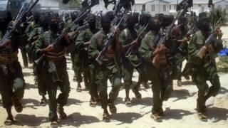 Milicianos armados de Al Shabab