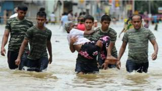 श्रीलंका में मूसलाधार बारिश