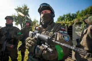 У Польщі вже існують воєнізовані організації