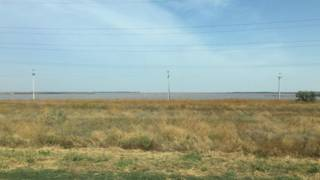 безкрайній степовий пейзаж Криму