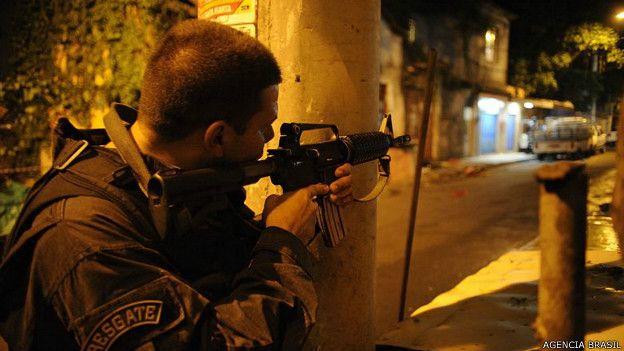 Resultado de imagen para Diez civiles muertos en enfrentamiento con la policía en Brasil
