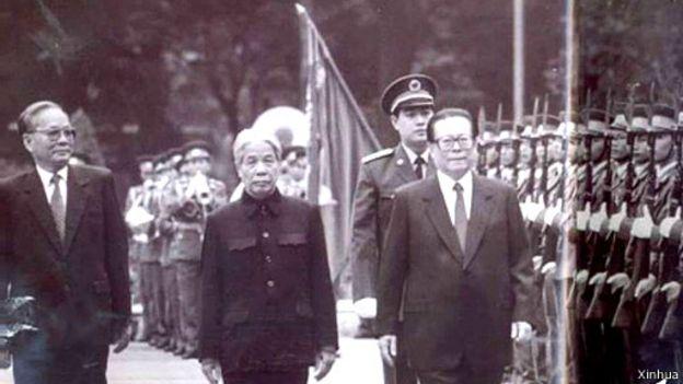 Chủ tịch TQ Giang Trạch Dân thăm VN