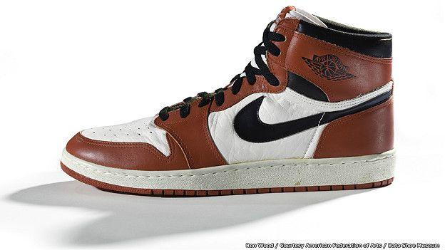 Nike. Air Jordan I, 1985