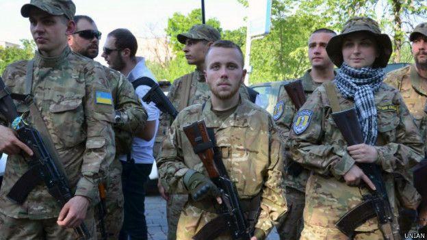 Минутой молчания почтили память нацгвардейцев, погибших от взрыва гранаты под стенами ВР 31 августа 2015 года - Цензор.НЕТ 6289