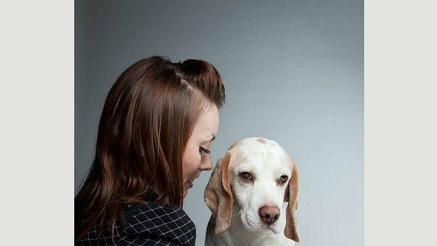 Сделанные Геррардом Гетингсом фотопортреты участников собачьего шоу наводят на мысль о том, что между людьми и собаками существует некое надвидовое родство