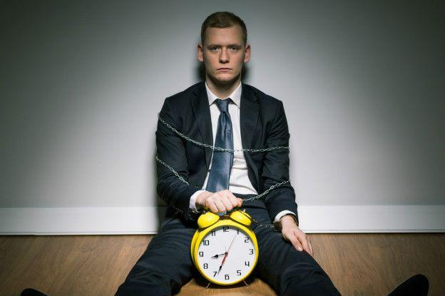 por qué llegar tarde al trabajo puede ser lo mejor para todos
