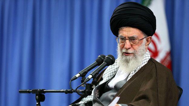 ईरान के सर्वोच्च नेता अयातुल्ला खमनेई.