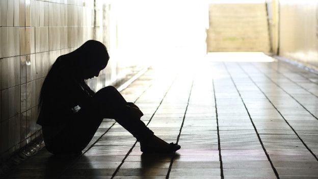 Es un tipo de autolesión y el objetivo no es quitarse la vida, sino reducir su dolor emocional.