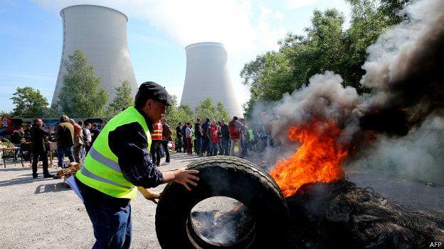 Protesta en una central nuclear de Francia