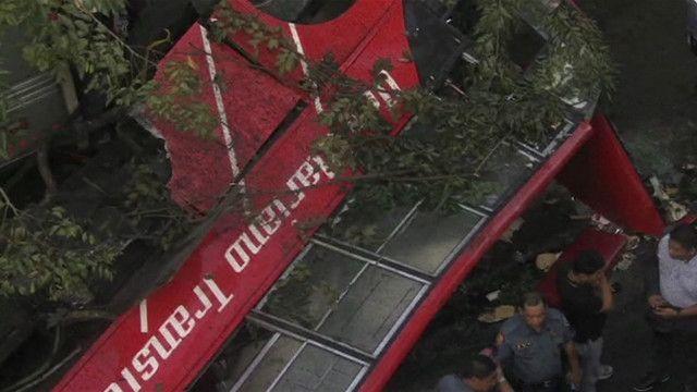 acidente com ônibus nas Filipinas | AP