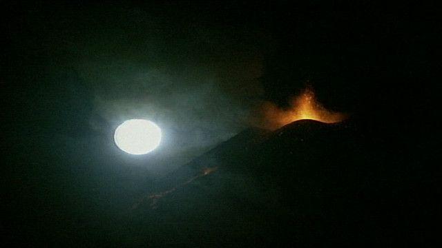 Etna entra em erupção