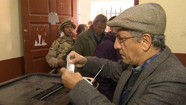 Bỏ phiếu cho hiến pháp mới ở Ai Cập