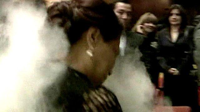 Roxana Baldetti, vicepresidenta de Guatemala, atacada con harina