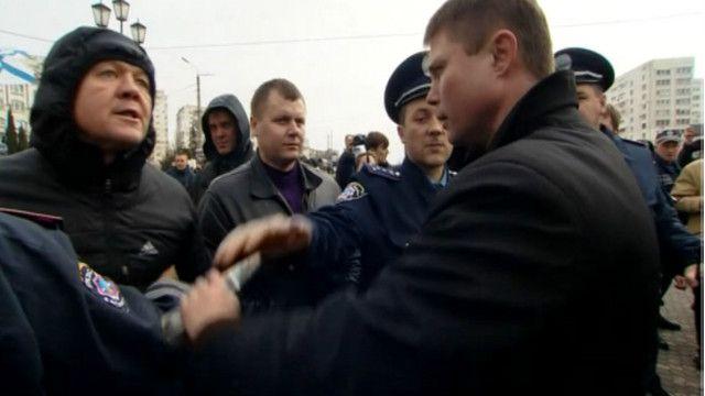 В Севастополе у памятника Шевченко вспыхнула драка