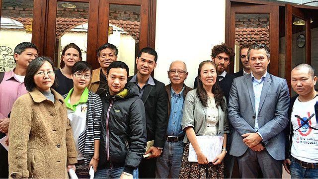 Cà phê nhân quyền tại Hà Nội