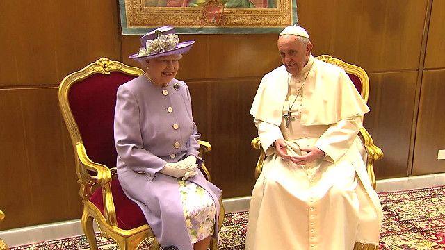 Елизавета II и папа Франциск
