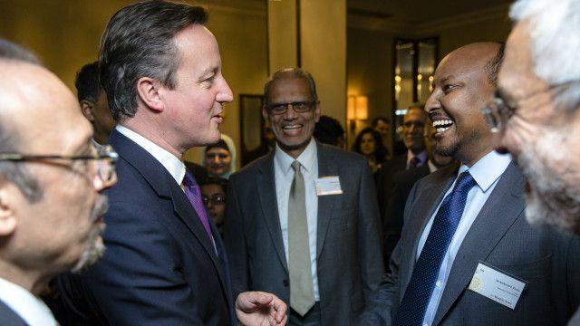 Cabdirashiid Dahabshiil oo salaamaya Ra'iisul Wasaare David Cameron