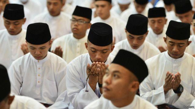warga Muslim di Brunei