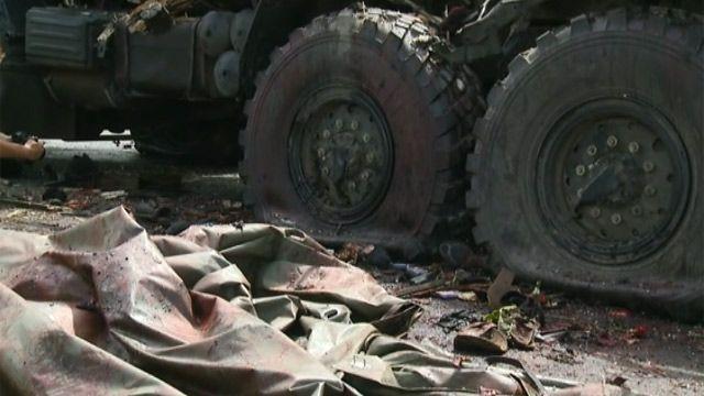 Разбитый при налете украинской авиации Камаз сепаратистов