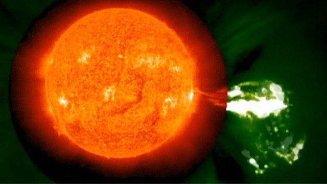 Erupción solar (NASA)