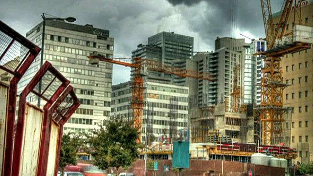 مباني شاهقة وحديثة في مدينة بيروت