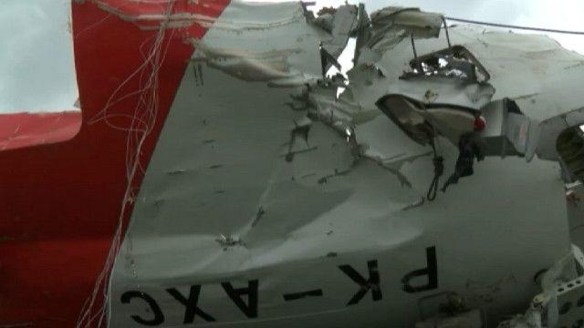 Обломки самолета AirAsia