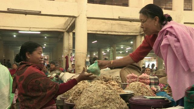 mothers_market