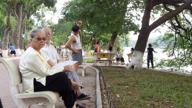 Người cao tuổi tại Hà Nội, Việt Nam