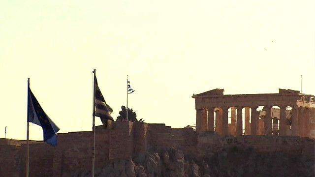 Греки согласились экономить, но это им не нравится