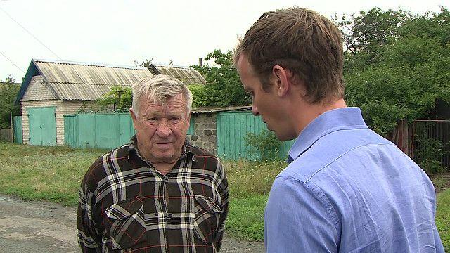 Том Барридж беседует с очевидцем