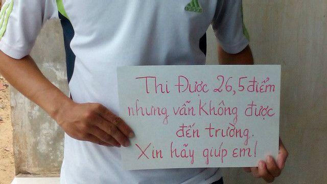 Tấm biển của thí sinh Trần Văn Sâm