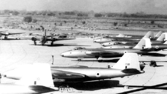 भारतीय एयरबेस पर लड़ाकू विमान