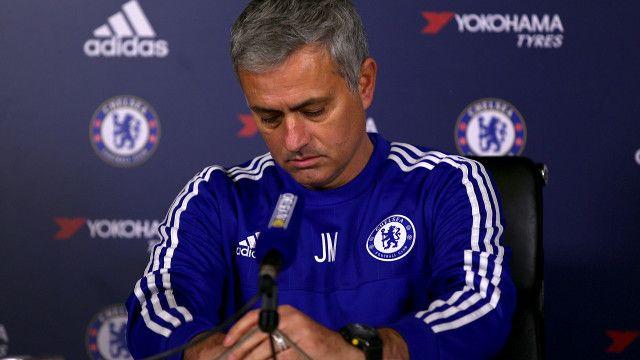 Huấn luyện viên đội Chelsea, Jose Mourinho, người vừa bị sa thải hôm 17/12/2015