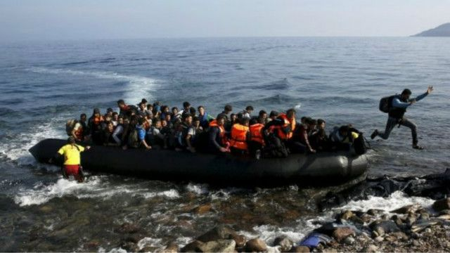 تارکین وطن اور پناہ گزینوں کی آمد