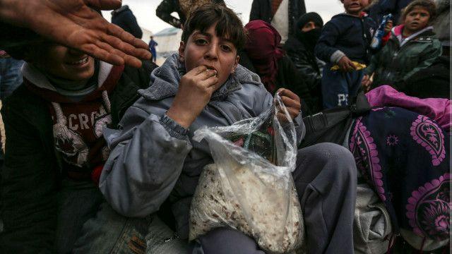 तुर्की की सीमा पर शरणार्थी