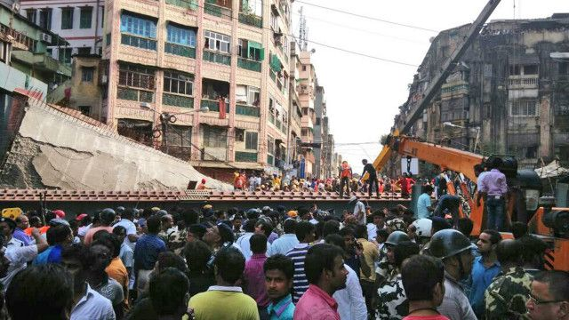 Sập cầu vượt ở Kolkata, Ấn Độ