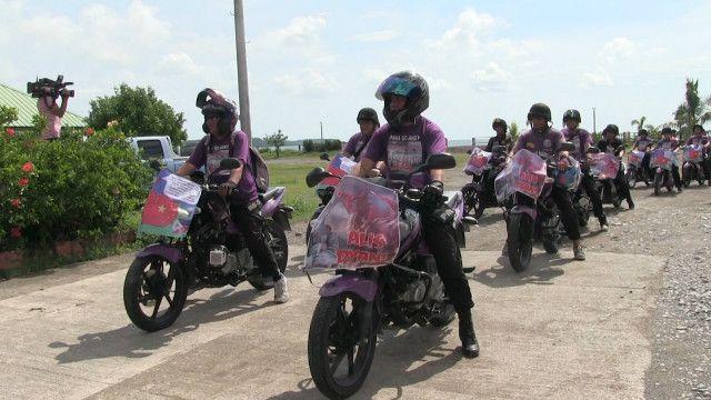 Biểu tình Trung Quốc về vấn đề Biển Đông bằng xe máy tại Philippines