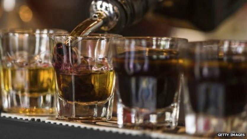 El desarrollo económico de la región está haciendo que aumente el consumo de alcohol, según la OMS.